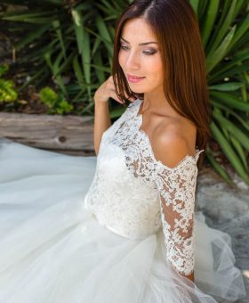 pour une robe de mariée romantique, ajoutez sur votre robe le top FANNY