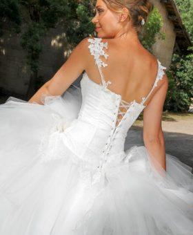 robe de mariée courte en mouchoirs de tulle - NOUGAT
