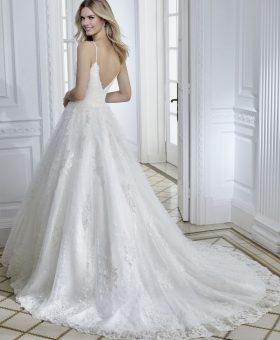 CLARANCE robe de mariée décolleté coeur pour un mariage romantique