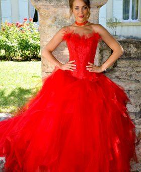POMME D'AMOUR robe de mariée rouge collection Mariées de Provence 2018